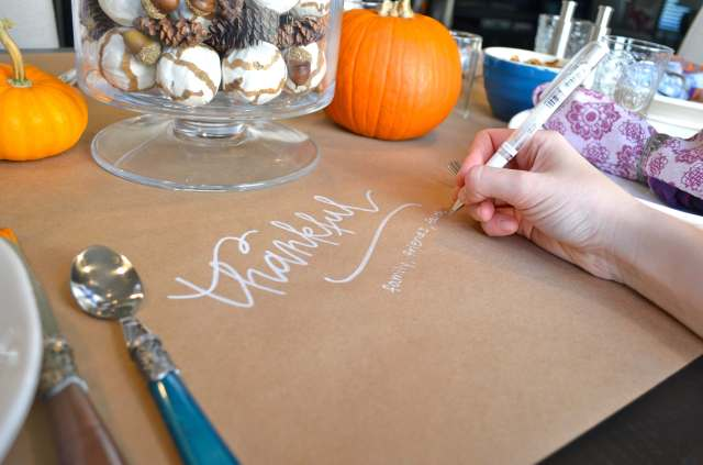 Casual easy Thanksgiving table setting. Write on kraft paper what you are thankful for.