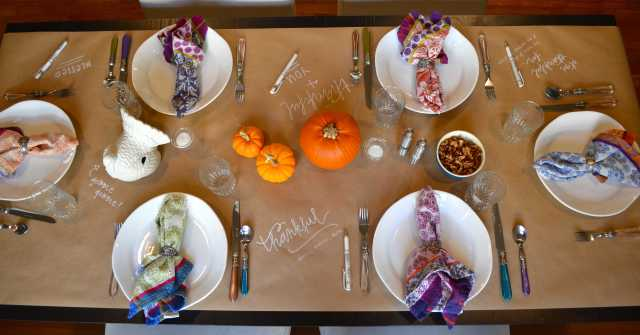 Crafty and Colorful Thanksgiving Table Decor from One Charming Life
