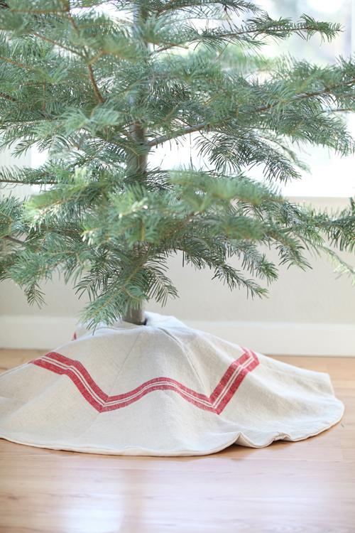 vintage grain sack tree skirt